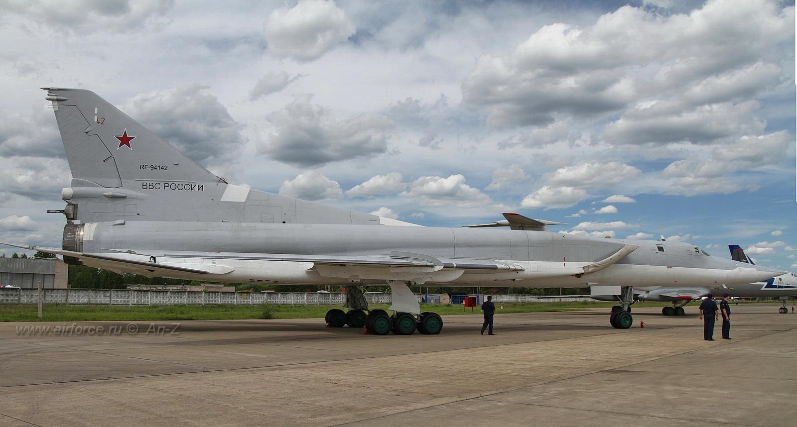 Нажмите на изображение для увеличения.  Название:Tu-22M3_Panorama1.jpg Просмотров:1034 Размер:387.4 Кб ID:64803